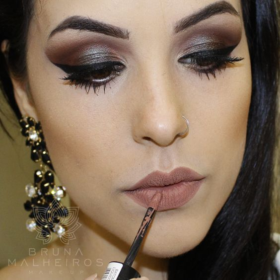 Bruna Malheiros Makeup:
