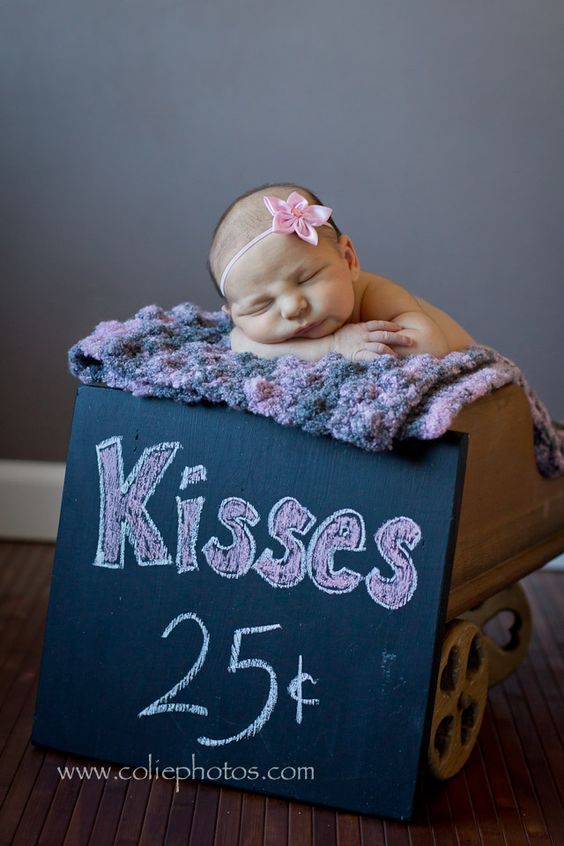 newborn photography kisses Valentines day