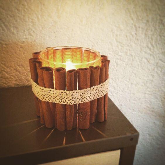 DIY-Windlicht mit Zimtstangen-Dekoration