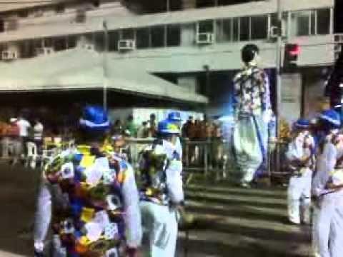 Bloco do boneco Sapateiro Recife centro 001
