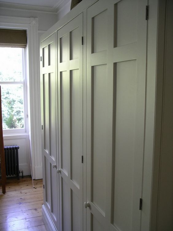 Handmade kitchens and bespoke cupboards Peter Henderson Furniture - Brighton East Sussex UK