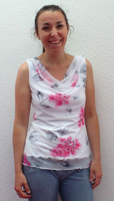 Hallo und guten Morgen,heute darf ich Sie in Shirt Sauzet begrüßen. http://www.schnittquelle.de/schnittmuster/schnittmusteroberteile/schnittmuster-shirt-sauzet-1725.html