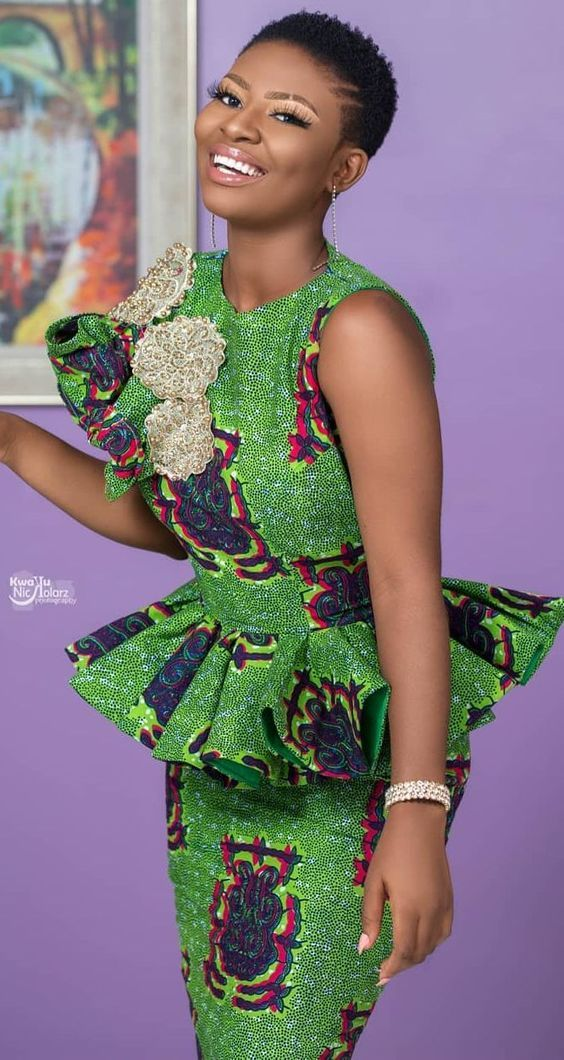 101 Latest Stylish And Creative Ankara Skirt And Blouse Styles For Wedding G In 2020 African Print Fashion Dresses Latest African Fashion Dresses African Fashion Women