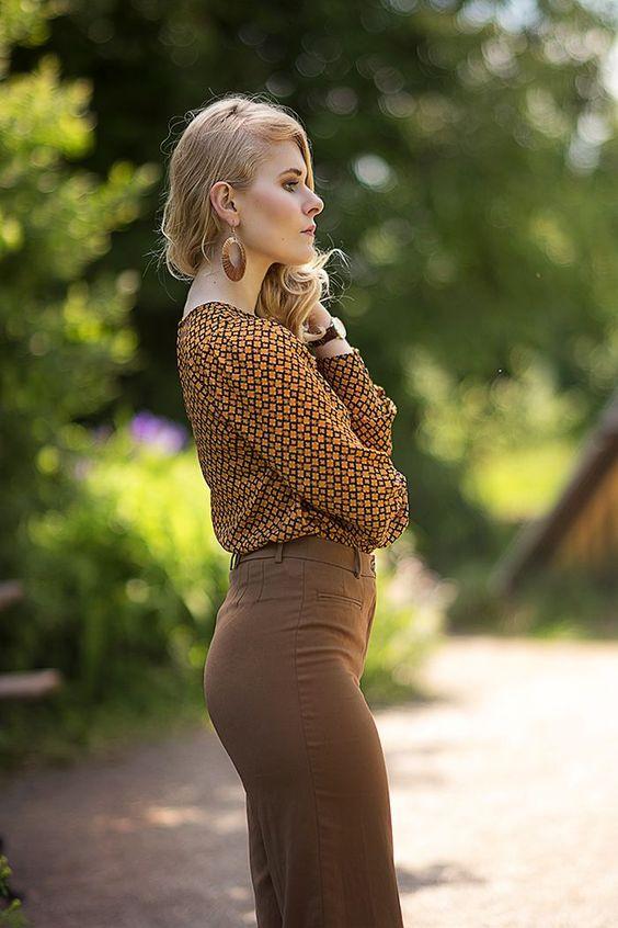 Braune High Waist Hose und Bluse in Retro Look
