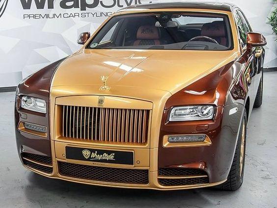 Mẫu xe siêu sang của Rolls-Royce trở nên độc nhất dưới bàn tay những thợ độ của Mansory. Xe được phủ lớp bảo vệ bởi WrapStyle.