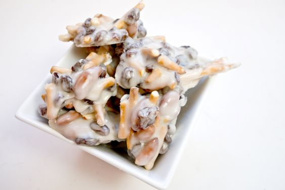 yougurt covered clusters - want to do with just pretzels though!!!