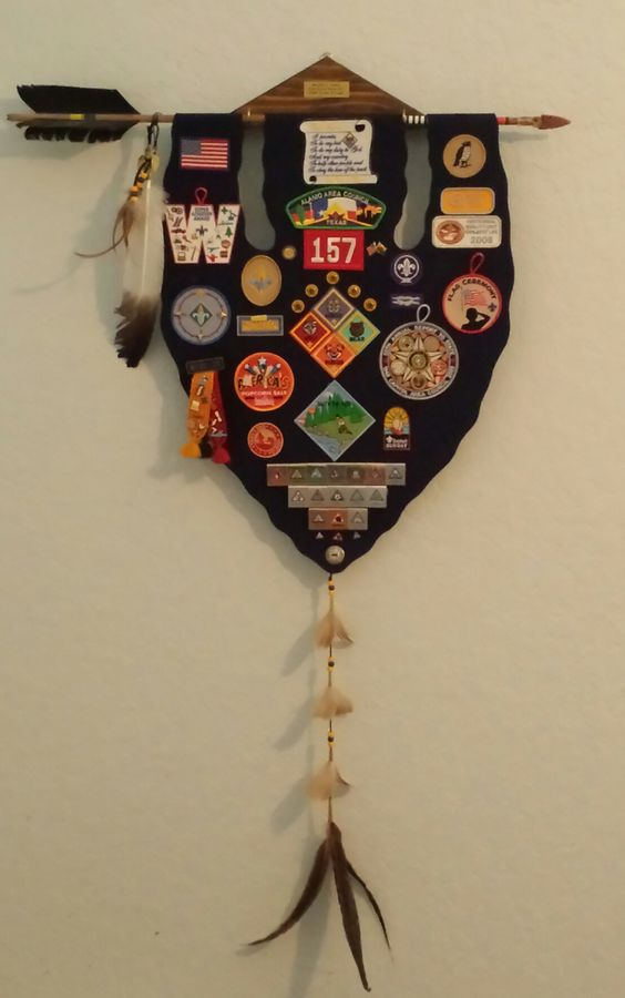This is the Cub Scout Memories wall hanging I made my son in  2009 when he crossed from Cub Scouts to Boy Scouts with his Arrow of Light.