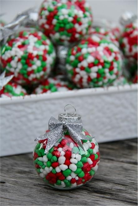 Candy filled ornaments! A very merry Christmas Pinterest Party