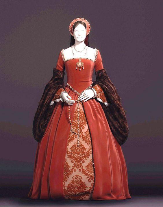 Personnalisée sur mesure Tudor Anne Boleyn  robe dans vos tissus et couleurs choisies