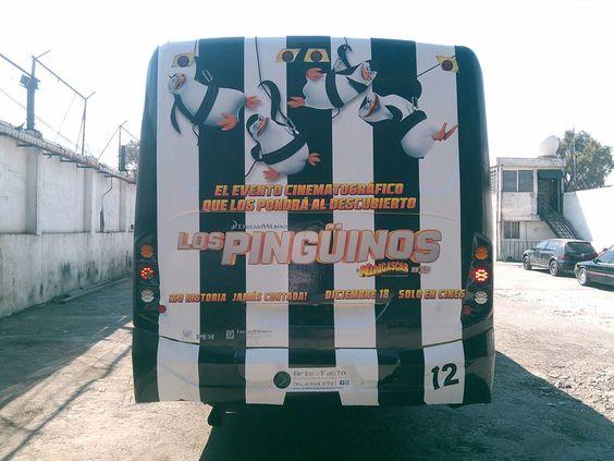 BUS DE DISEÑO PELÍCULA DE LOS PINGÜINOS DE MADAGASCAR MÉXICO CONTRATA