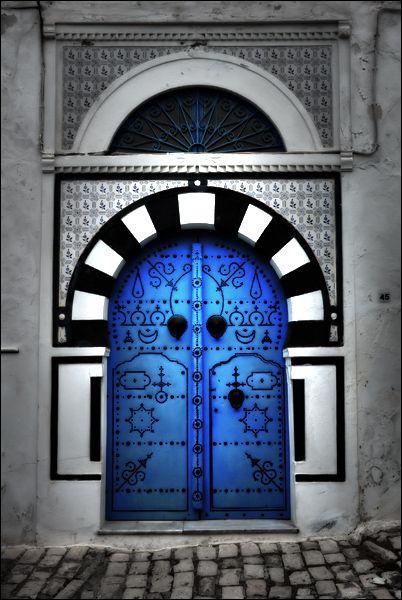 Blue door.  Photo gratuite
