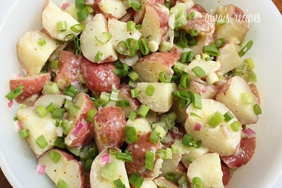 red potato salad. looooooooooove potato salad. recipes