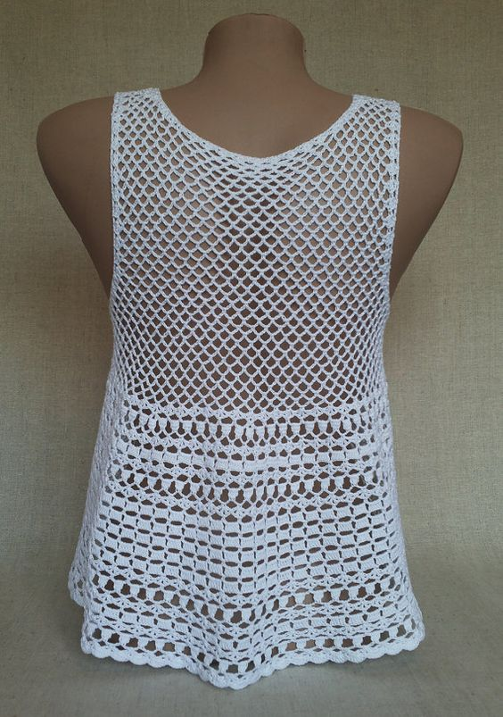 Beautiful summer top, crocheted from 100% cotton. Wear over your bikini top with some cute cut off shorts to complete your bohemian look.  Size: -S/M Laundry: hand wash at 30°. Thank you for visiting my shop