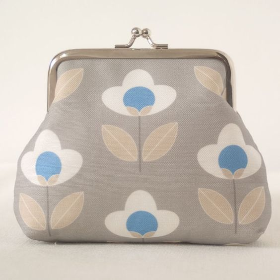 Tulip fabric coin purse by LouiseBrainwood on Etsy