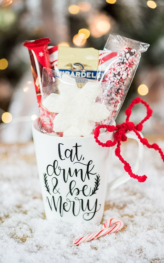 Hot Cocoa Christmas Mug Gift – Cricut Project