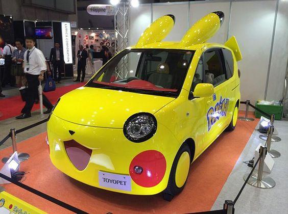coche-toyota-pikachu-pokemon