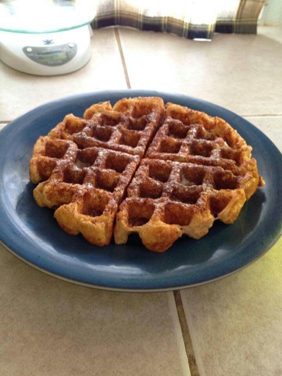 6 oz plain fat free greek yogurt, 1/4 cup whole wheat flour, 1/4 cup plain whey protein, (or vanilla if you have it), 1 tsp baking soda, and 1 egg white. Makes two waffles