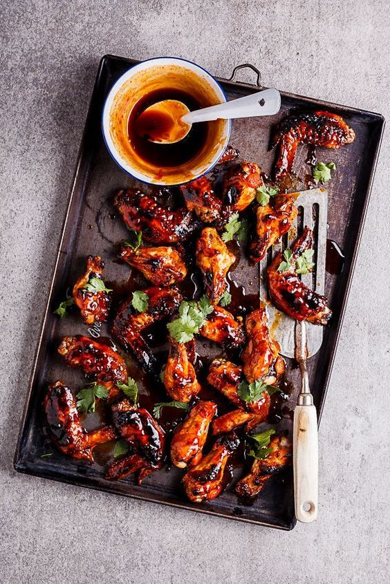 Spicy food recipes to make if you like spicy dishes! Find recipes for everything from sriracha-honey chicken wings, spicy butternut soup, cheesy peppers, countless jalapeño dishes, and more.