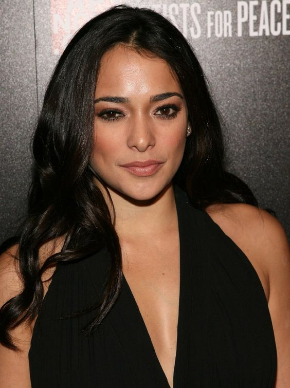Natalie Martinez on IMDb: Movies, TV, Celebs, and more... - Photo Gallery - IMDb