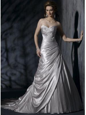 Robe de mariée Corset en Satin stretch a-ligne avec une traîne