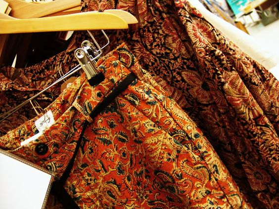 Great old textile inspired fabrics at Bellerose ... more @ www.LaVieFleurit.com