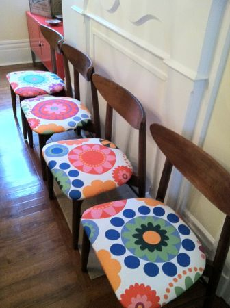 New York: Set of 4 Mid-Century Dining Chairs $400 - http://furnishlyst.com/listings/338411