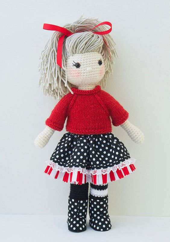 Amigurumi Doll Skirt : Amigurumi crochet doll - Gorgeous girl doll with red ...