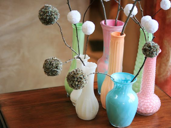 design on a dime: paint the interiors of vases from the thrift store