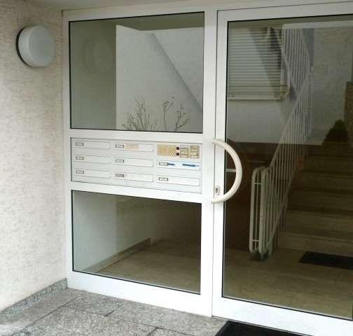 Vor Den Toren Der Gross Stadt Attraktiv Zentral Sonnig Mit Balkon Und Garten In 2020 Etagenwohnung Wohnung Sonniger