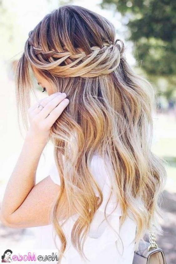 Halboffene Frisur Neue Halboffene Frisuren 2019 Abiball Frisuren Halboffen Frisurenhalboffen Frisuren Open Hairstyles Prom Hair Bride Hairstyles