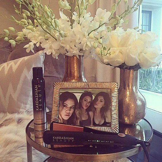 Khloe Kardashian Bedroom: Khloe Kardashian, Bedrooms And Search On Pinterest