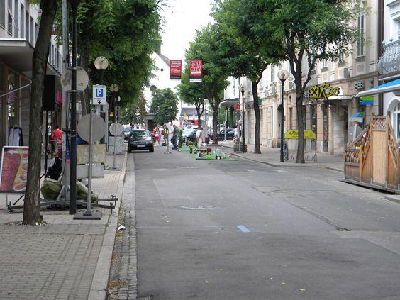"""Am 21.6.2012 war die Klagenfurter Bahnhofstraße für """"Golf in the City"""" gesperrt - in diesem Board einige Eindrücke davon"""