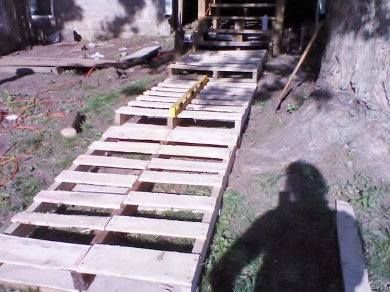 What to do with pallets....build a walkway. This is not complete, but you get the idea.