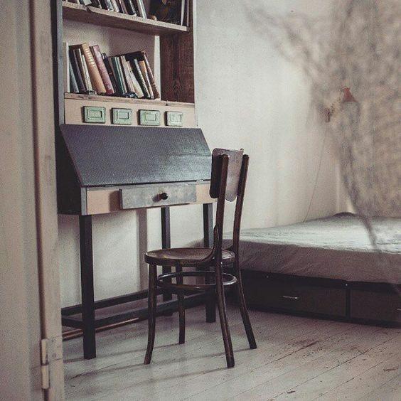 JUBKA ir ļoti īpašas mēbeles  katra tikai vienā eksemplārā... katra ar savu vēsturi.. - - Made in Latvia  - - Repost  @jubka_furniture -  #secretary #interior  #designinterior #bookshelf #homeideas #homedecor #furniture #bookstagram #woodwork #wood #upcycled #handmade #uniquefurniture #books #instabooks #vintage #vintagelife #mybeigelife #thatauthenticfeeling #vintagestyle #vintagelove #seekthesimplicity #nothingisordinary #latvia #madeinlatvia #inspirationlatvia Foto@aigarssermukss de…