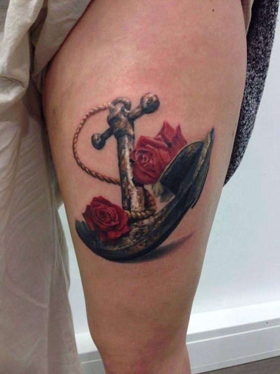 Significado Completo da Tatuagem de Âncora | rosas na perna