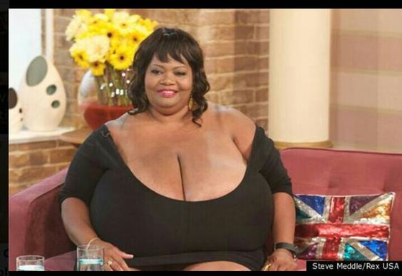 Woman with the biggest breast size-8151