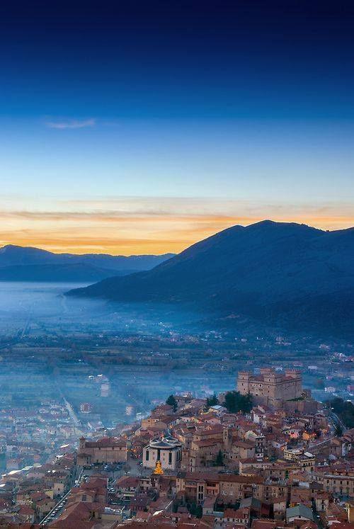 il castello di Celano, Italy. 42°05′03.5″N 13°32′51.9″E