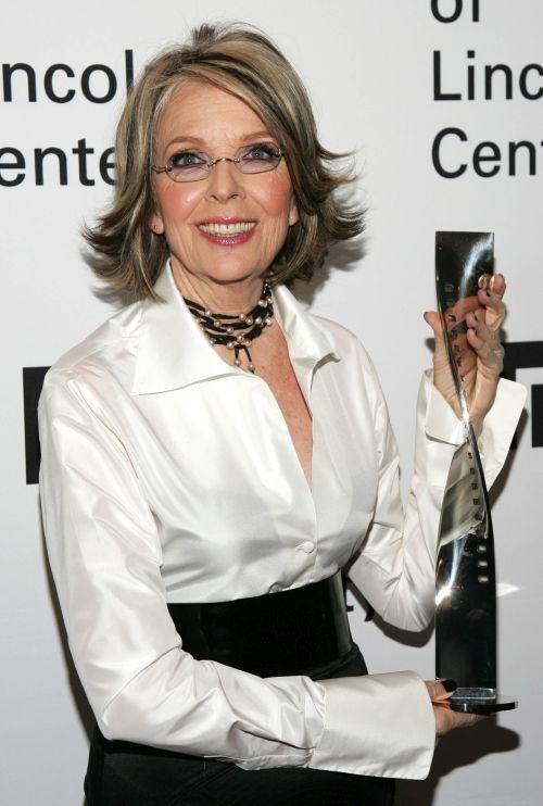 Diane Keaton Frisuren Muhelos Elegante Frisuren Diane Keaton Hairstyles Hair Styles Thin Hair Men