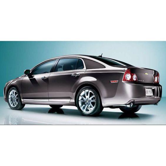 2011 Chevy Malibu!!! Great on gas fully loaded!!! V6 engine!!!