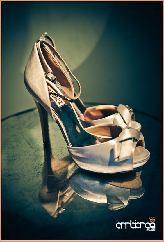 Badgley Mischka wedding shoes #bridal