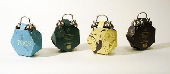 TRIMMMMM...TRIMMMMM  Embalagem criativa para Relógio antigo, que já irritou muita gente ao acordar...  Design by Elizabeth Willenborg.