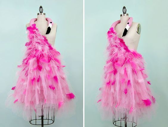 Rosa Flamingo Kostüm  Avantgarde der 50er Jahre von WearTheCanvas