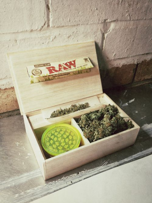 001 Stoner, Weed and Boxes on Pinterest