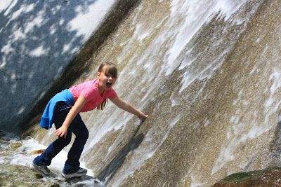 This super easy waterfall hike to Lisa Falls in Little Cottonwood Canyon is perfect for kids.  They can scramble over rocks during the short hike and play in the water at the bottom of the falls. <-- We need to try this one!