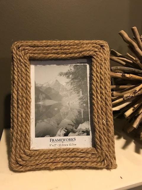 Beach Decor Jute Rope Frame For 5 X 7 Photo Overall Dimensions Are Approx 7 1 2 X 9 1 2 Would Make A Nice Gift Frame Can Be T Rope Frame Diy Frame Beach Decor