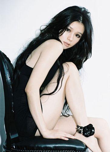 黒髪のビビアン・スー