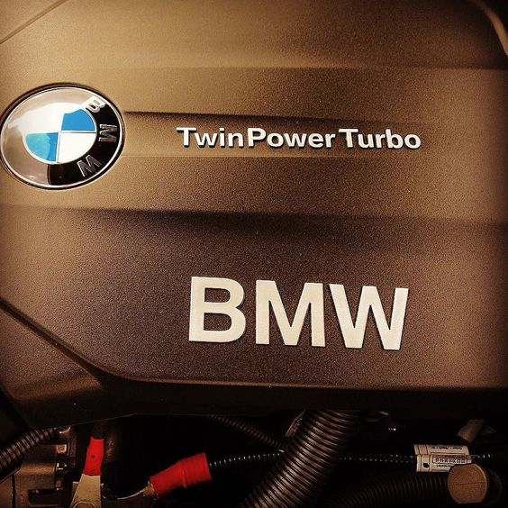 #PortHercule #bmw #twinturbopower  #engine #cylindres #eseinelburrotuttalavacanza by dudithedoctor from #Montecarlo #Monaco