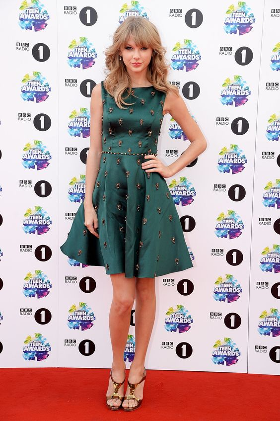 Who: Taylor SwiftWore: Jenny PackhamWhere: BBC Radio 1 Teen Awards via StyleList