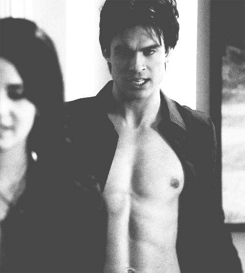 The 'Vampire Diaries' and 'Lost' hottie is no stranger to flashing the flesh for his art. #boys #iansomerhalder #naked