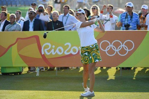 En acción! Ya comenzó el #Golf femenino con 60 participantes #JuegosOlimpicos #Rio2016 https://t.co/3WkPin1Kd9